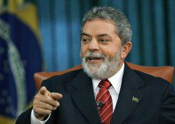 Lula rebate fala de Eduardo sobre AI-5 e cobra que Bolsonaro aja como presidente