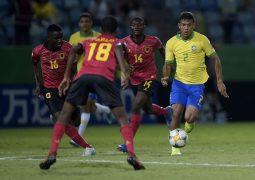 Mundial sub-17: Brasil vence Angola e garante liderança do grupo A